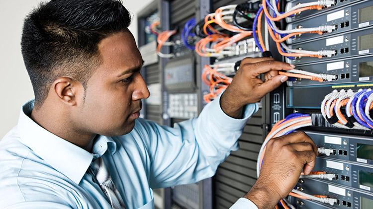 Técnico de Redes   Técnico de Redes tecnico redes