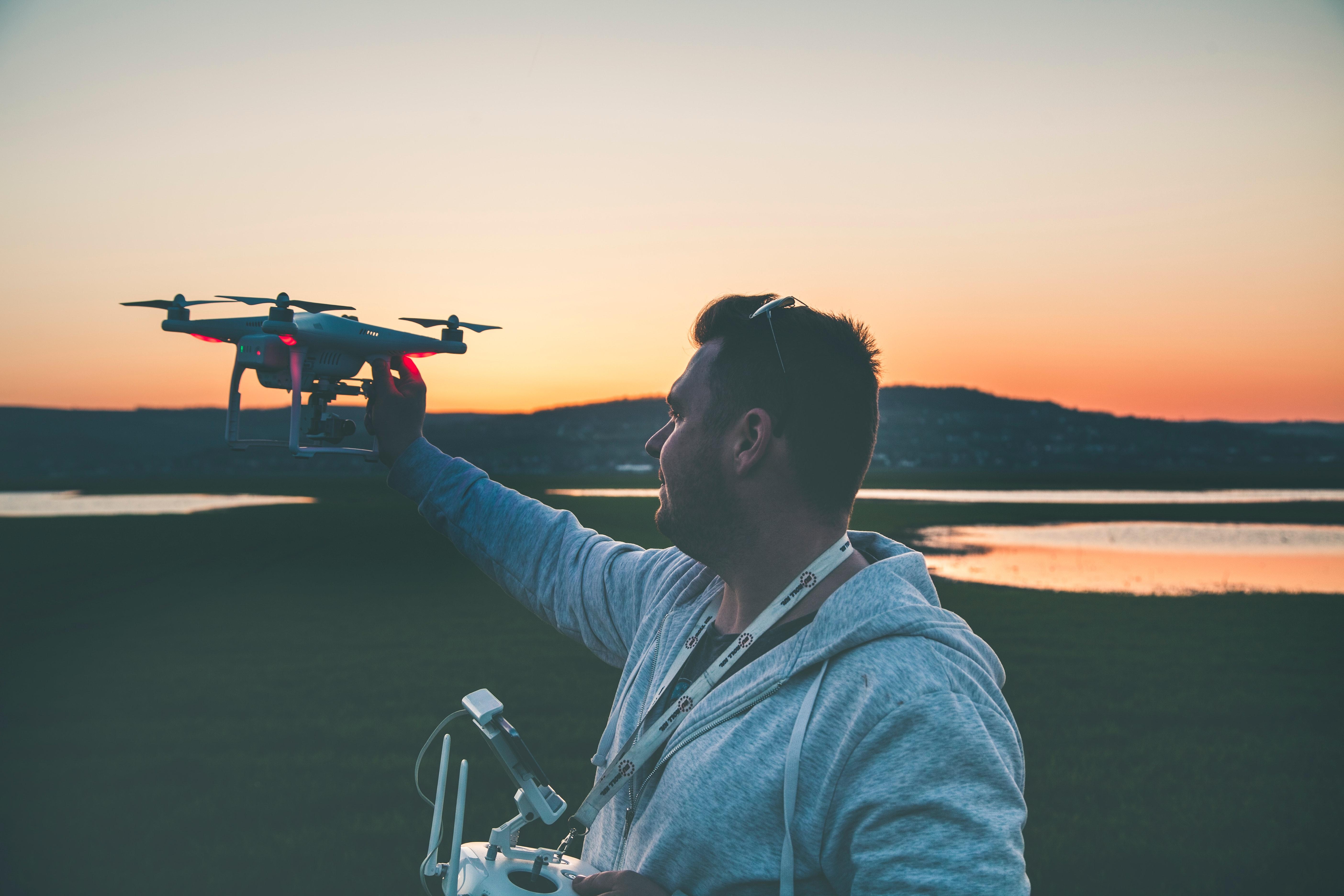 10 razones para hacerse piloto de drones   10 razones para hacerse piloto de drones DronPiloto