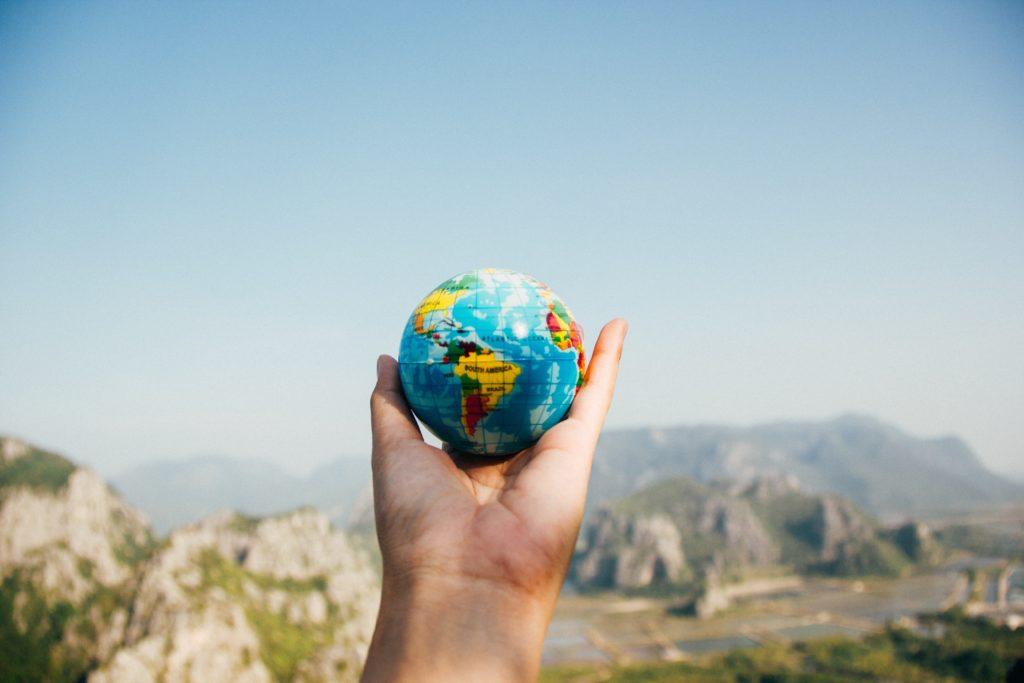Cómo buscar trabajo en el extranjero   Cómo buscar trabajo en el extranjero TierraMano 1024x683